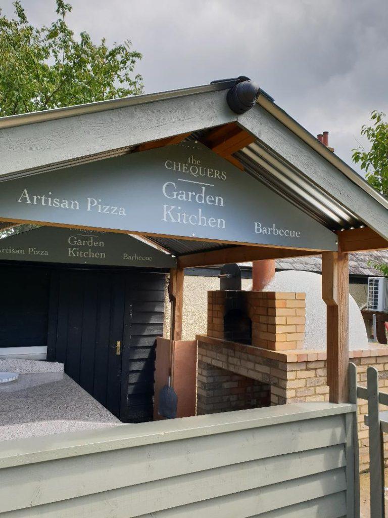 artisan pizza garden kitchen at chequers pub stotfold