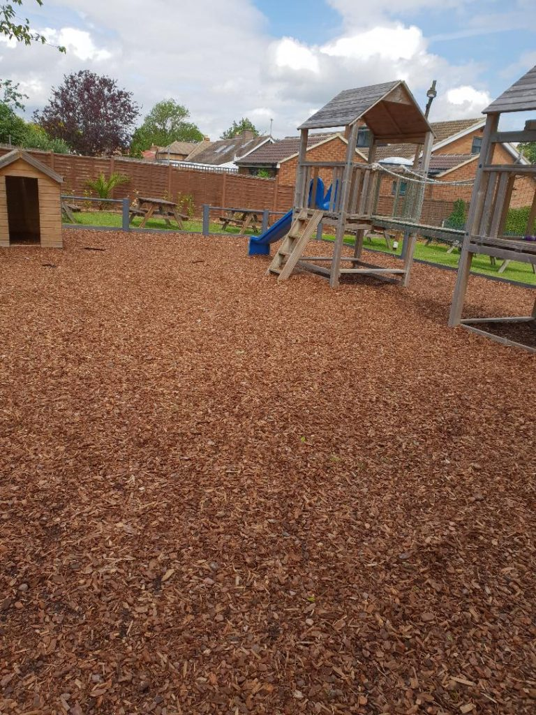 childrens play area at chequers pub stotfold